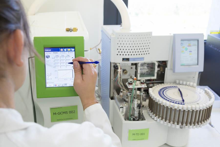 Analyse air intérieur laboratoire essonne